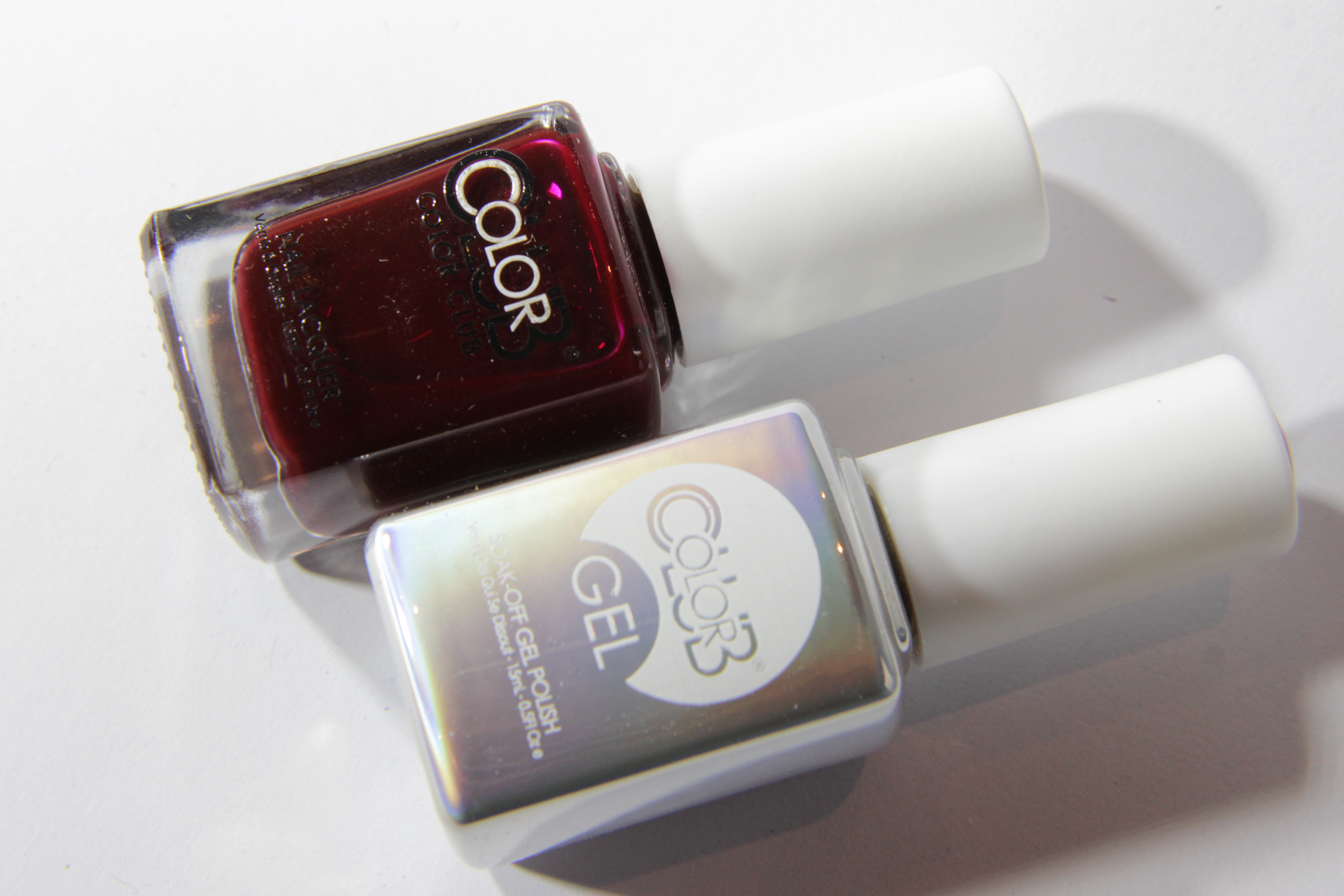 #0825 FEVERISH Color Club Duo Nagellack Nail Lacquer and Soak-Off Gel Polish dunkelrot