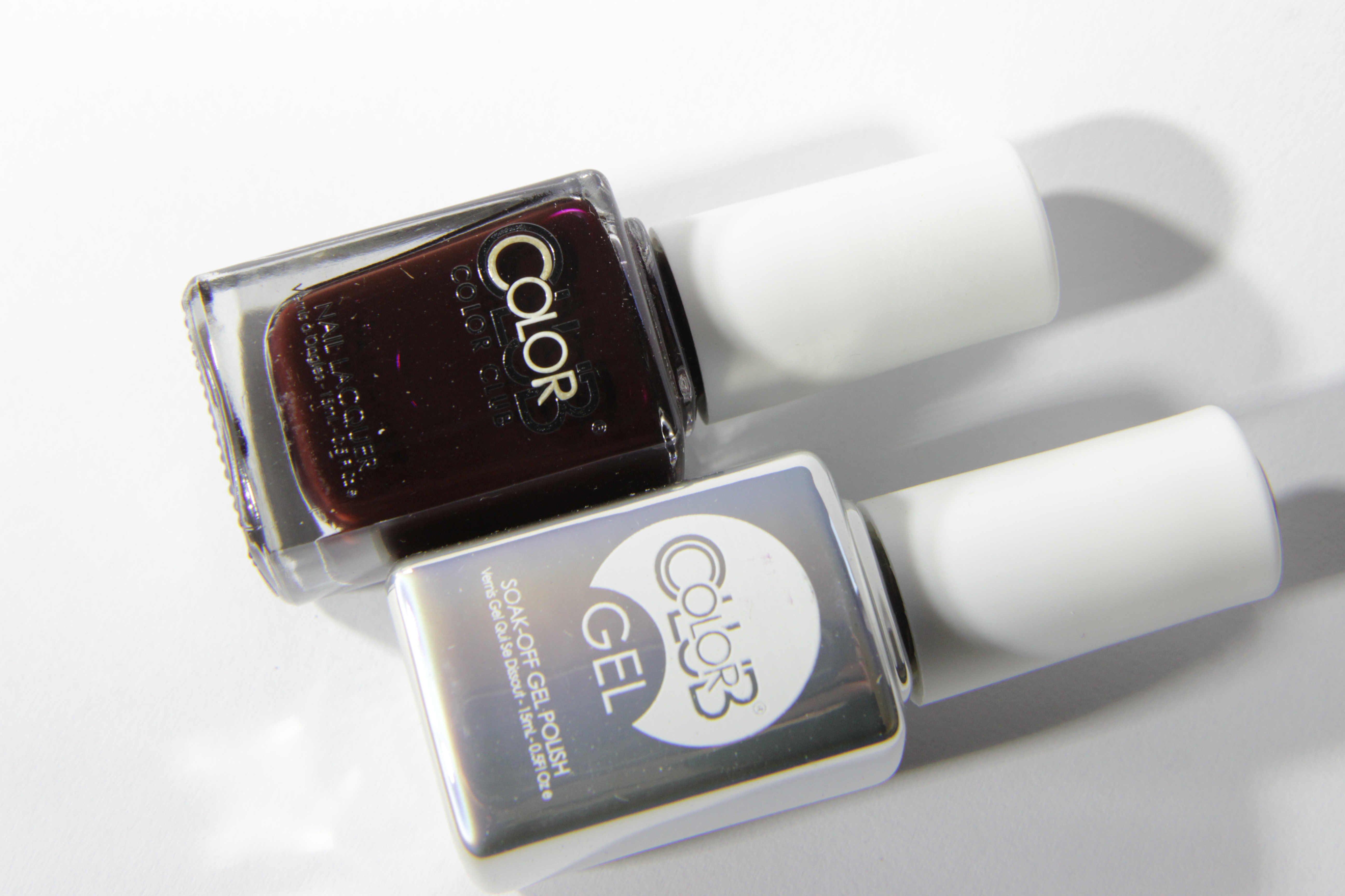 #0806 KILLER CURVES Color Club Duo Nagellack Nail Lacquer and Soak-Off Gel Polish Dunkelrot